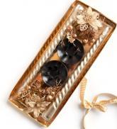 купить: Книга Набір свічок з підставками та декором Gold Christmas